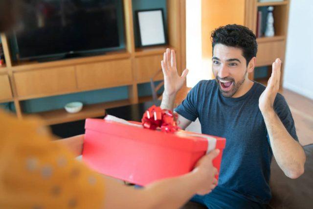 Buying Libra Man A Gorgeous Gift